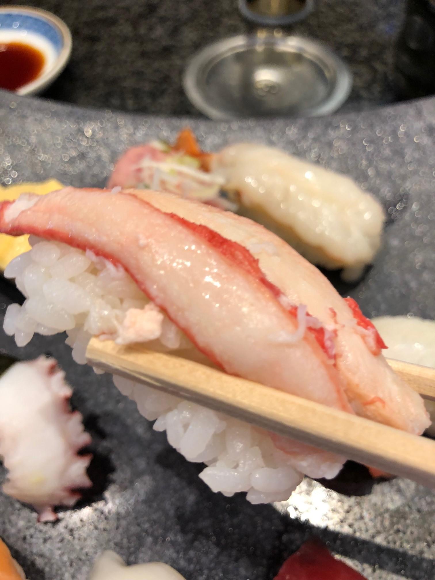 金沢おすすめ寿司厳選5選 ランチ価格、通常価格、アクセス、子供連れへの優しさ、混雑状況、ネタの美味しさ徹底比較